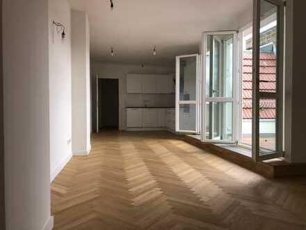 luxuriöse 4 Zimmer Dachgeschoss Wohnung 105 m² mit 2 Terrassen und 2 Badezimmern