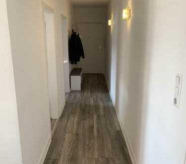 Rheinnähe - Deutz/Mülheim - 3 Zimmer - Einbauküche