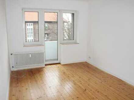 2-Zi-Komfort-Whg., 57 m² mit Garten und Balkon nahe Fuhlsbüttlerstraße