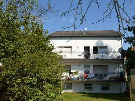 2-Familienhaus + 3-Familienhaus auf 898 m² Grundstück