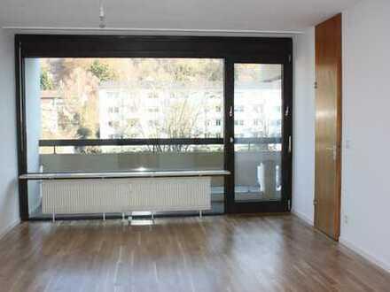 Gepflegte 1,5-Zimmer-Wohnung mit Balkon und Einbauküche in Herrsching am Ammersee
