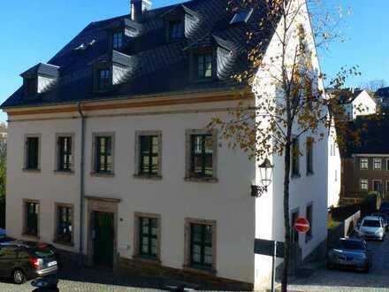 Schöne und gut aufgeteilte Singlewohnung in liebevoll saniertem Altbau von Annaberg
