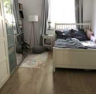 Schöne Wohnung mit Einbauküche