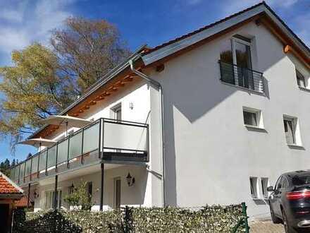 Sehr sonnige 2,5-3 Zimmer Wohnung! Exklusive Wohnlage! Doppelgarage+Kamin+großer Südbalkon!