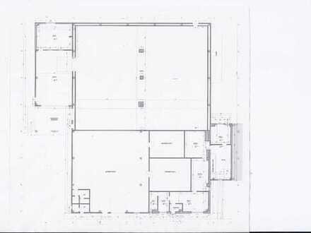 ++++Moderne Gewerbehalle mit viel Außenfläche++++