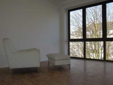 Ökologisch, vollständig renovierte 3-Zimmer-Wohnung mit Balkon in Düsseldorf Düsseltal