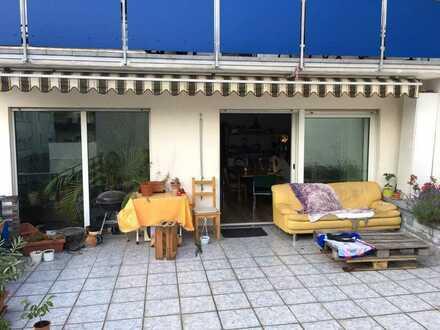 1 Zimmer in großer 175 qm Wohnung zu vermieten