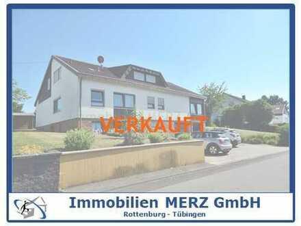 Verkauft~~Gut aufgeteiltes Zweifamilienhaus plus Einliegerwohnung mit großem Grundstück~~