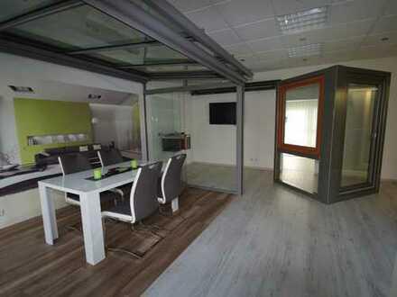 Troisdorf – FWH (Zentrum) • Ladenlokal oder Büro in sehr zentraler Lage mit guter Verkehrsanbindung