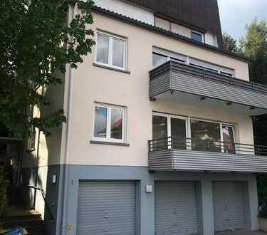 Schöne, geräumige drei Zimmer Wohnung in Baden-Baden, mit Balkon