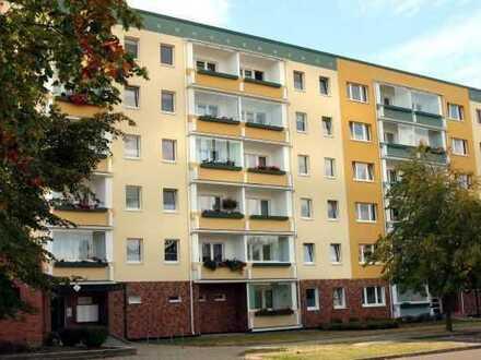 2-Zimmer-Wohnung mit verglaster Loggia in Rostock-Lichtenhagen