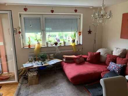 Gepflegte Wohnung mit drei Zimmern, Balkon, Einbauküche und Garage in Dauchingen / VS Schwenningen