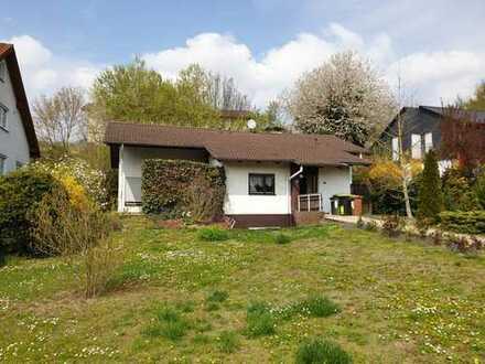 Schönes freistehendes EFH mit 5,5 Zimmern in Mainz-Bingen (Kreis), Stadecken-Elsheim