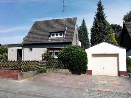 EFH mit großem Grundstück / Potzenzial für ein Traumhaus
