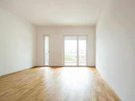 AUFGEPASST: Traumhafte und helle 3-Zimmer-Wohnung mit Loggia in top Lage! NEUBAU!