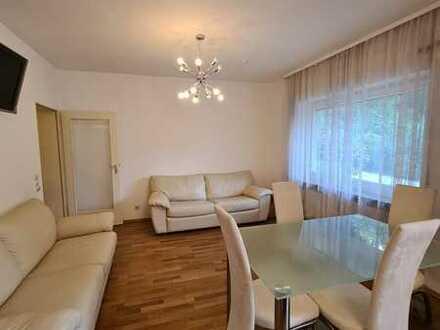 Stilvolle, gepflegte 2-Zimmer-EG-Wohnung mit EBK in Baden-Baden