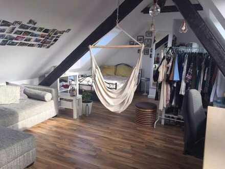 WG-Zimmer in schöner Maisonette Wohnung zu vermieten