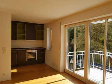 Exklusive, neuwertige 3-Zimmer-Wohnung mit Balkon und Einbauküche in Dachau