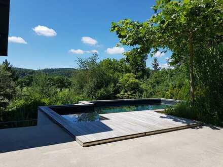 Machen Sie Exklusivität zu Ihrem neuen Zuhause.  Architektenvilla in Etterzhausen zu verkaufen.