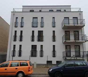 Das moderne Wohnen in Leipzig-Wahren: Voll vermietes MFH mit 4 Wohneinheiten und einer Büroetage!
