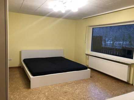 Exklusive, gepflegte 2-Zimmer-Wohnung mit Küche, Bad und Balkon in Neckargemünd
