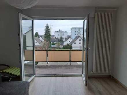 Moderne und großzügige 2-Zimmer-Dachgeschosswohnung mit Balkon in Ketsch