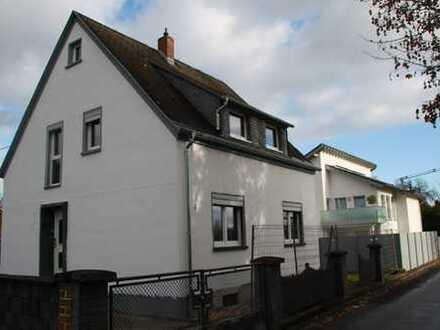Komplett renoviertes, freistehendes Einfamilienhaus in Polch zu vermieten