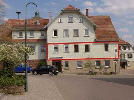 Kapitalanlage - 5,85% Rendite - 4 Zimmer Wohnung in Neuweiler-Breitenberg