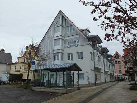 Moderne 3 Zimmer Wohnung im Herzen der Outletcity Metzingen