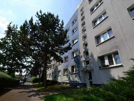 +++ Familienwohnung in Borna Ost +++ Balkon ++ TGL-Bad ++ Breitbandkabelanschluss ++