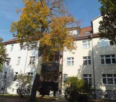 Ruhig und im Grünen gelegene 3-Z-WOHNUNG mit Balkon (WE 6)