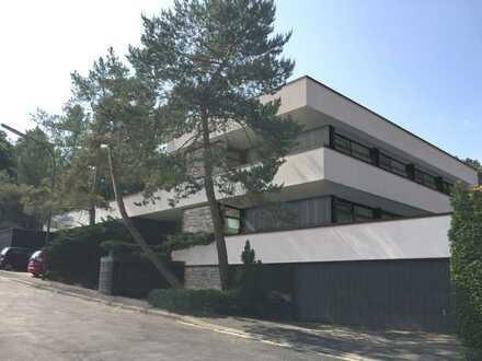 Erstbezug nach Sanierung: ansprechende 1-Zimmer-EG-Wohnung mit Balkon in Würzburg