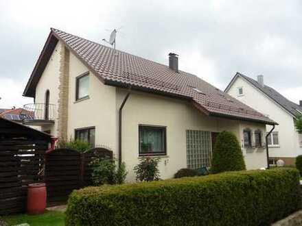 Schönes Haus mit sieben Zimmern in Reutlingen (Kreis), Riederich