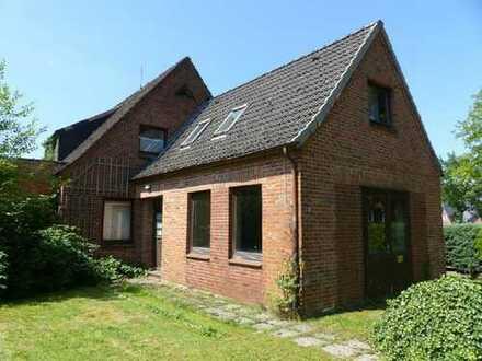 Sanierung oder Neubau - Einfamilienhaus mit großzügigem Grundstück