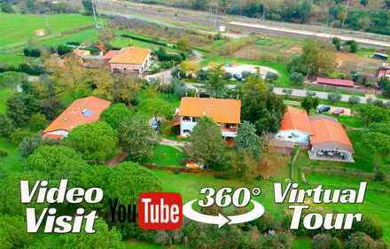 Tuscany South PARCO DELL'UCCELLINA Farmhouse of 1500 sqm Total