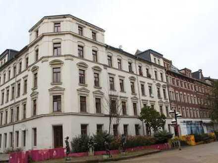 """*""""Der Brühl lebt wieder!"""" 3 Raum Wohnung 81m² mit EBK,Laminat,BLK,Bad mit Fenster und Wanne"""
