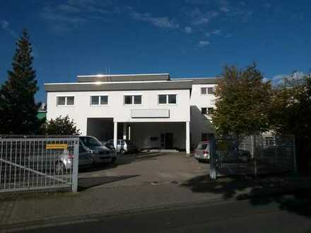 Büro- und Praxisfläche 290m² Büro-/ Praxisfläche - TOP renoviert! - Nähe Europort.