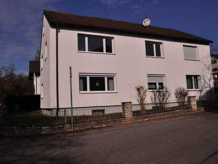 Erstbezug nach Sanierung: helle 2,5-Zimmer-Wohnung mit Balkon in Bogen