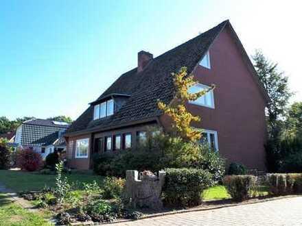 Gepflegtes Einfamilienhaus mit großer Südterrasse und traumhaftem Gartengrundstück