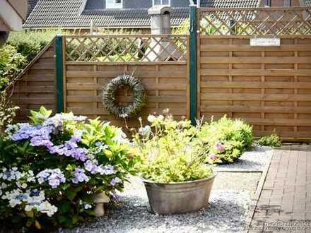 TFI: EBENERDIG, mit tollem Garten, Kaminofen, Garage & Carport!