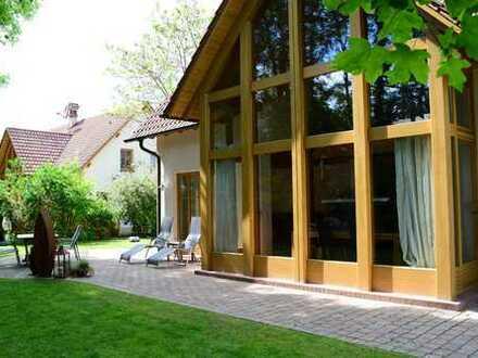 Sehr schönes Einfamilienhaus mit Garten/ Nähe Landau i. d. Pfalz