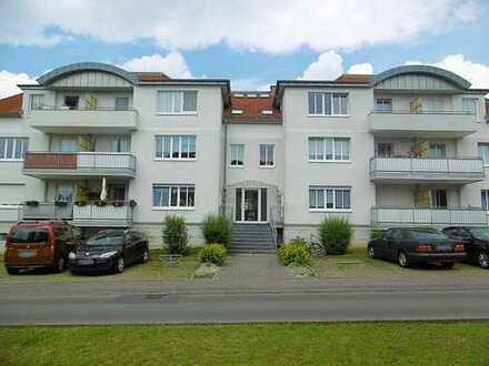 RESERVIERT! Sonnige Eigentumswohnung mit Südbalkon und Tiefgaragenstellplatz in Seenähe