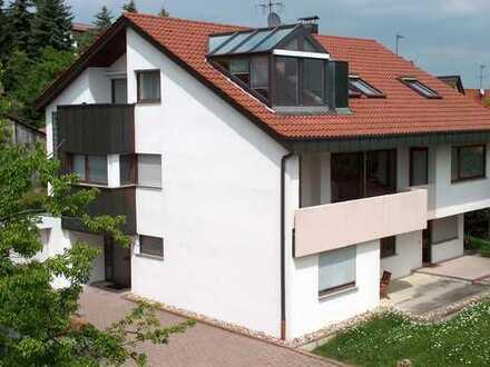 Attraktive, lichtdurchflutete Dachgeschoß-Wohnung