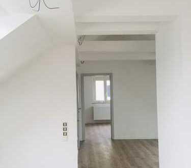 Neue, helle 2-Zimmer-Dachgeschosswohnung im Loft-Stil in Winnenden