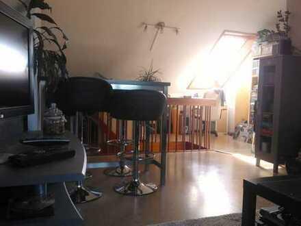 Schöne 2 1/2- Zimmer Maisonette-Wohnung in BK-Maubach