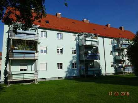 in bahnhofsnähe: 2-Zimmerwohnung mit Balkon
