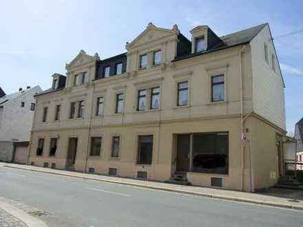 Mehrfamilienhaus mit sechs Wohneinheiten und Gewerbe als Anlageobjekt in Olbernhau zum Verkauf
