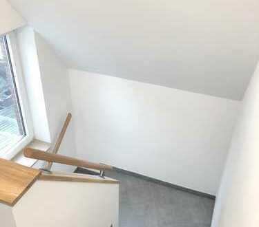 3ZKBB Haus inkl. Garten, Garage + Partykeller/Hobbyraum