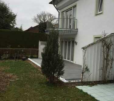 Schöne, geräumige zwei Zimmer Wohnung in Ingolstadt, Westviertel