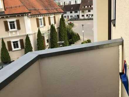 Geschmackvolle 1-Raum-Wohnung mit Balkon und EBK in Deggingen